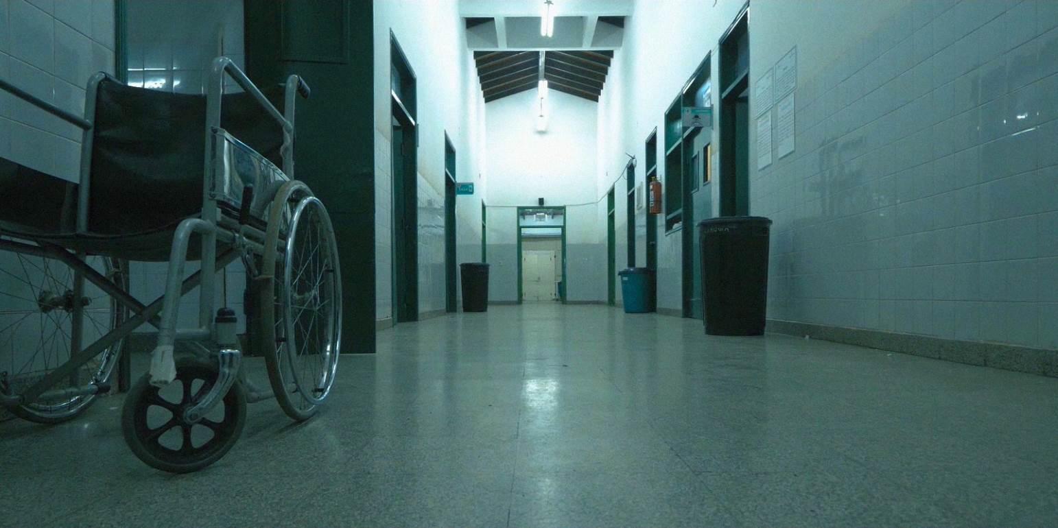 Κορωναϊός: Αυτές τις ηλικίες χτυπάει ο φονικός ιός