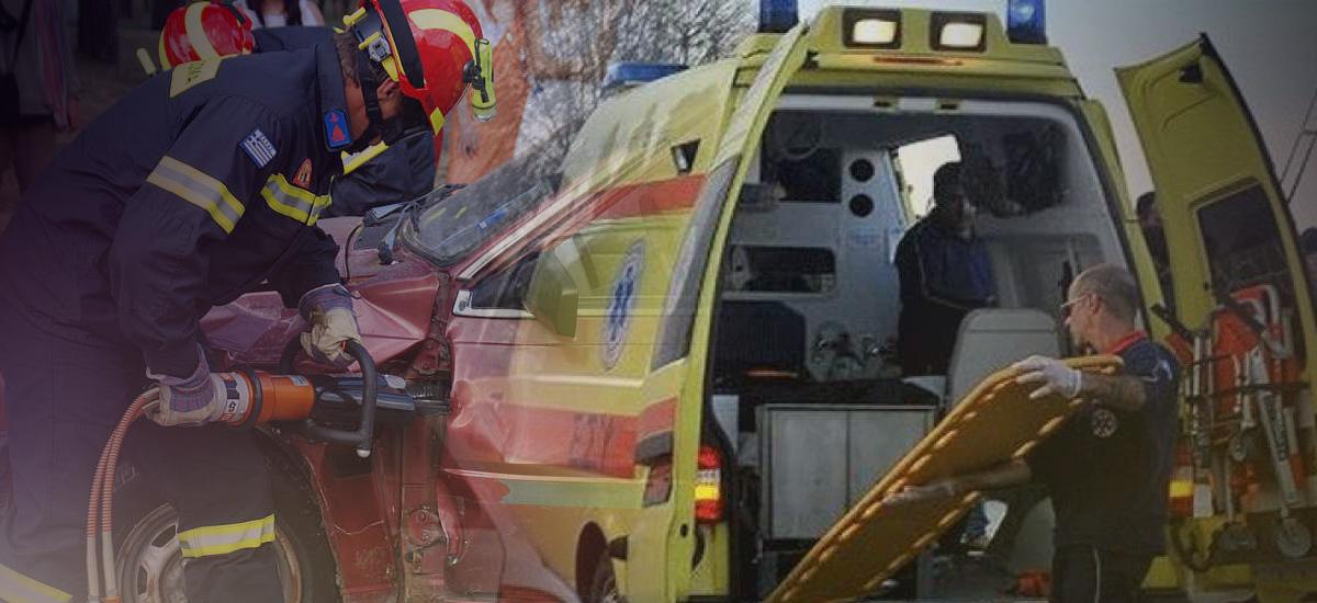 Νεαρός οδηγός εγκλωβίστηκε στο αυτοκίνητό του μετά από τροχαίο