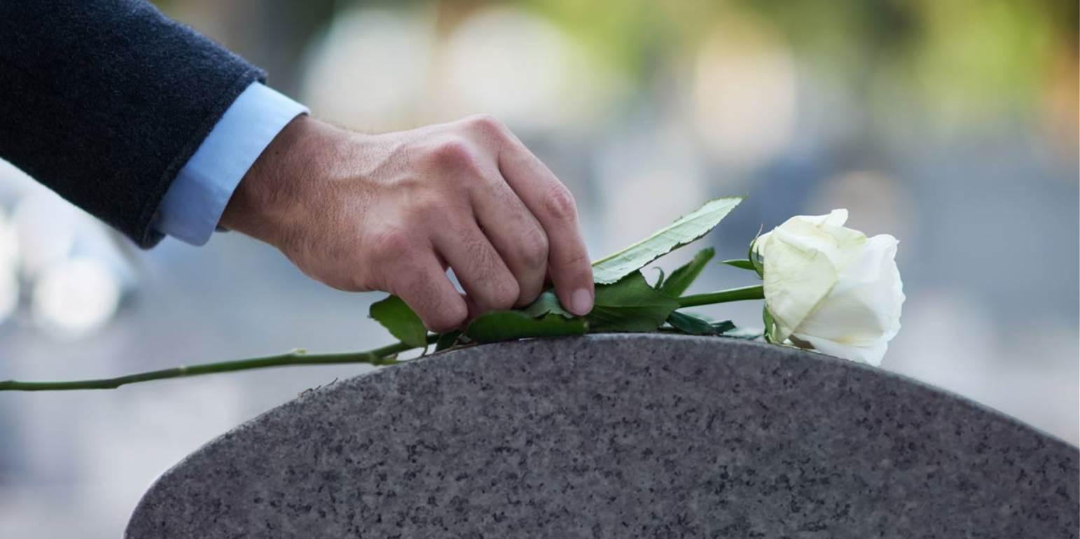Ρόδος: Ποιος ήταν ο νεκρός που έθαψαν… κατά λάθος - Σοκαρισμένη η οικογένεια