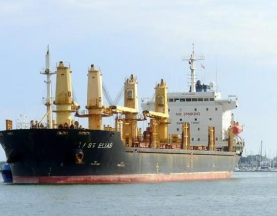 Στο έλεος του ...Ποσειδώνα - Εγκατέλειψαν πλοίο και ναυτικούς στη νότια Κρήτη!