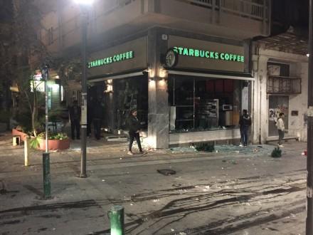 Ηράκλειο: Πρωινό τροχαίο προκάλεσε κυκλοφοριακό έμφραγμα (φωτογραφίες)