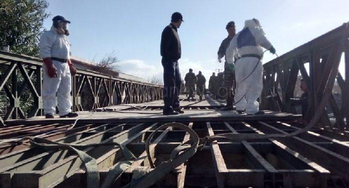 Τοποθετήθηκε η γέφυρα στον Πλατανιά – Δεν μπορεί να περάσει… λεωφορείο