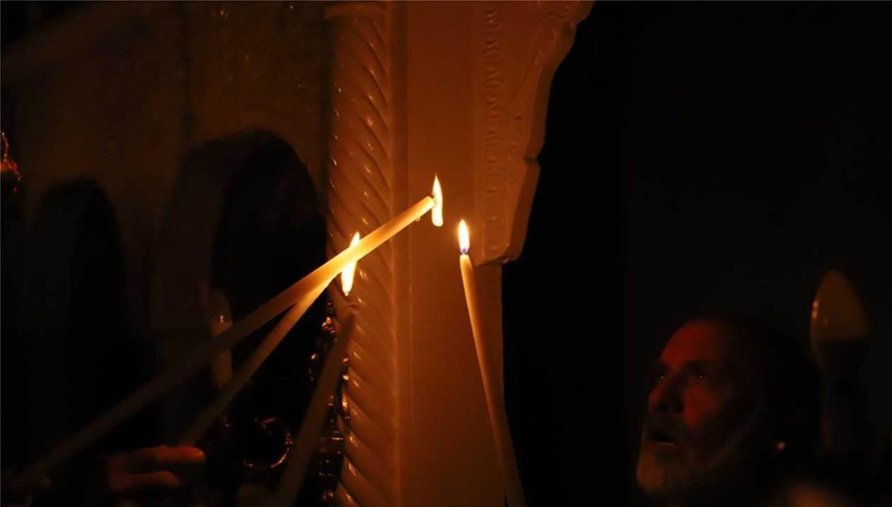 «Το Άγιο Φως θα φτάσει στην Αθήνα και δεν θα πάει πουθενά» σύμφωνα με τον Υφυπουργό Εξωτερικών
