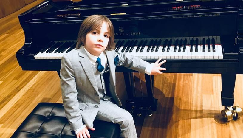Ο 6χρονος πιανίστας από την Κρήτη στον τελικό του «Ελλάδα έχεις Ταλέντο»