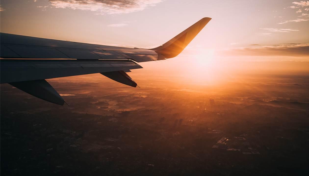 Θυελλώδεις νοτιάδες καθήλωσαν αεροσκάφος στην Αθήνα με προορισμό το Ηράκλειο