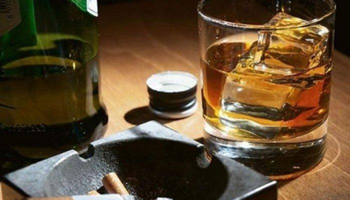 Συνελήφθη 54χρονη Χανιώτισσα που διακινούσε παράνομα ποτά (φωτο)