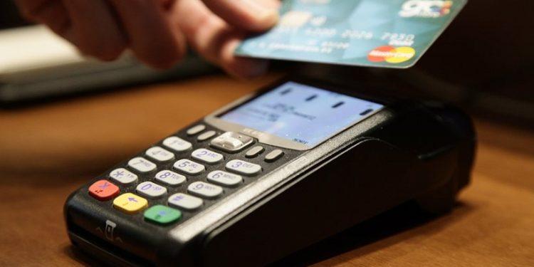 Δήμος Ηρακλείου: Πληρωμές μόνο με κάρτα για συναλλαγές άνω των 100 ευρώ