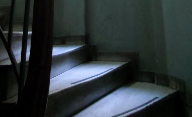 Κρήτη: Έπεσε από τη σκάλα και σκοτώθηκε!
