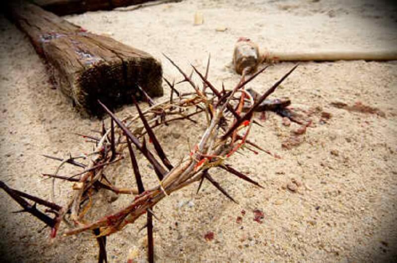 Ο Άρραφος Χιτώνας του Χριστού στο Ηράκλειο - Πλήθος πιστών στην υποδοχή