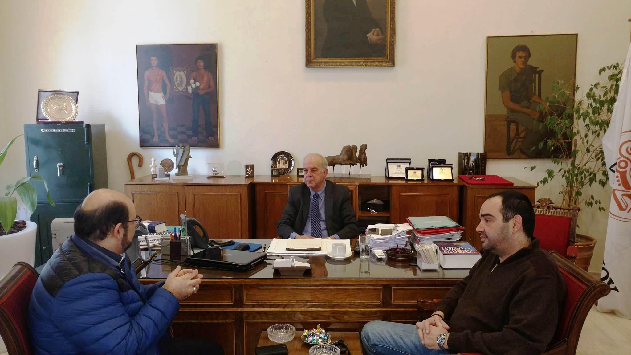 Στη διάθεση του Δήμου Ηρακλείου ο Μύρωνας Μιχαηλίδης