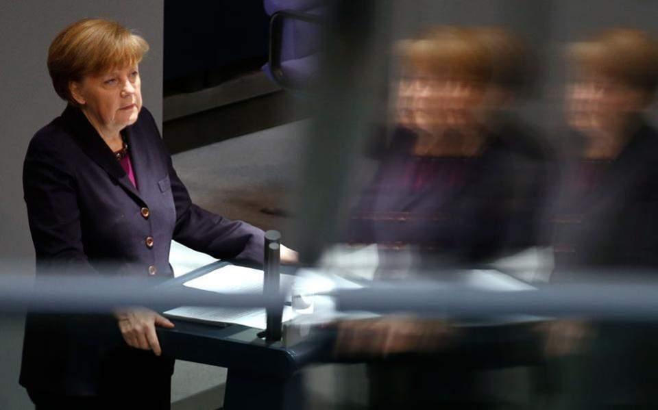 Γερμανία: Aνοιξαν οι κάλπες για τους 61,5 εκατομμύρια ψηφοφόρους- Η Μέρκελ, τα σενάρια συνεργασιών και η Ελλάδα