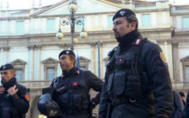 Μεγάλη επιχείρηση για ύποπτους τρομοκράτες στη Ρώμη