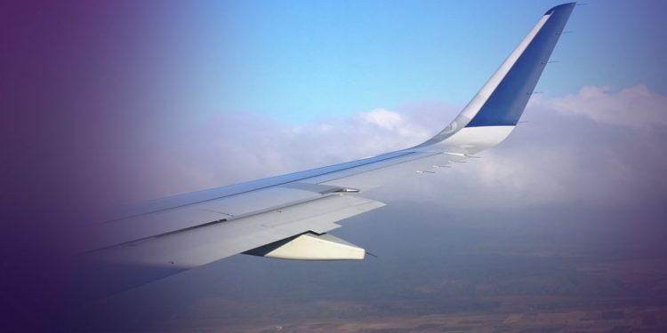 Αεροπλάνο επέστρεψε στην Αθήνα λόγω των ανέμων