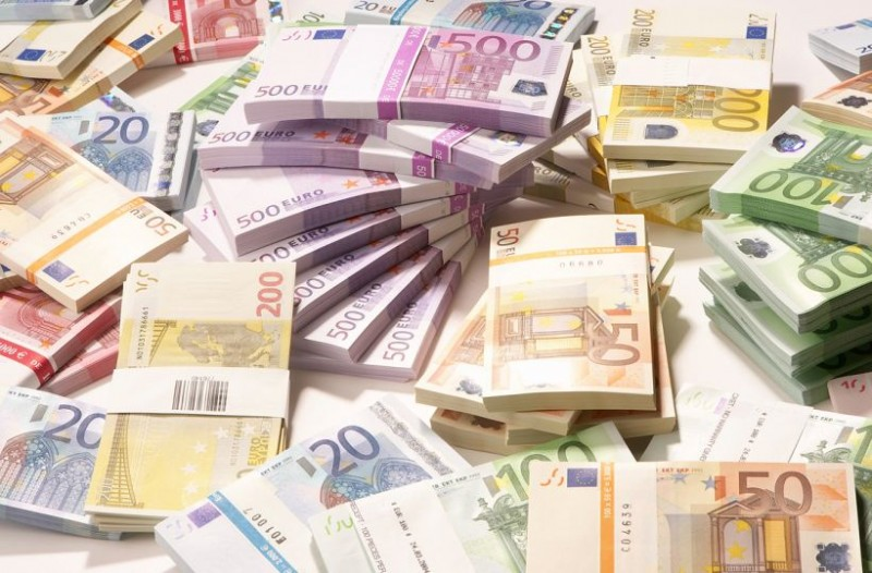Στην τράπεζα τα λεφτά από τους φόρους αντί να τα επιστρέψουν στους Χανιώτες