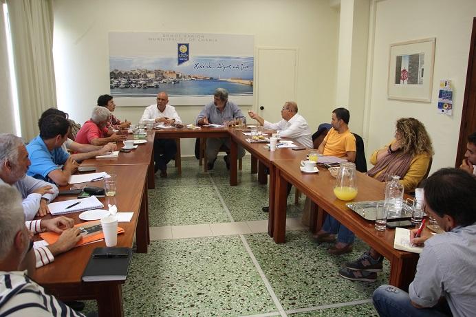 Σύσκεψη για τα μεγάλα έργα που αφορούν τον Δήμο Χανίων παρουσία του Αναπληρωτή Υπουργού Π.Πολάκη