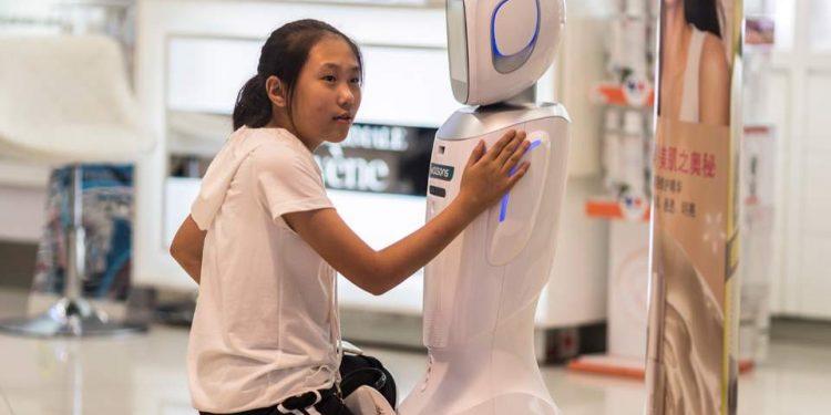 Oχι, τα ρομπότ δεν θα νιώσουν αληθινή αγάπη