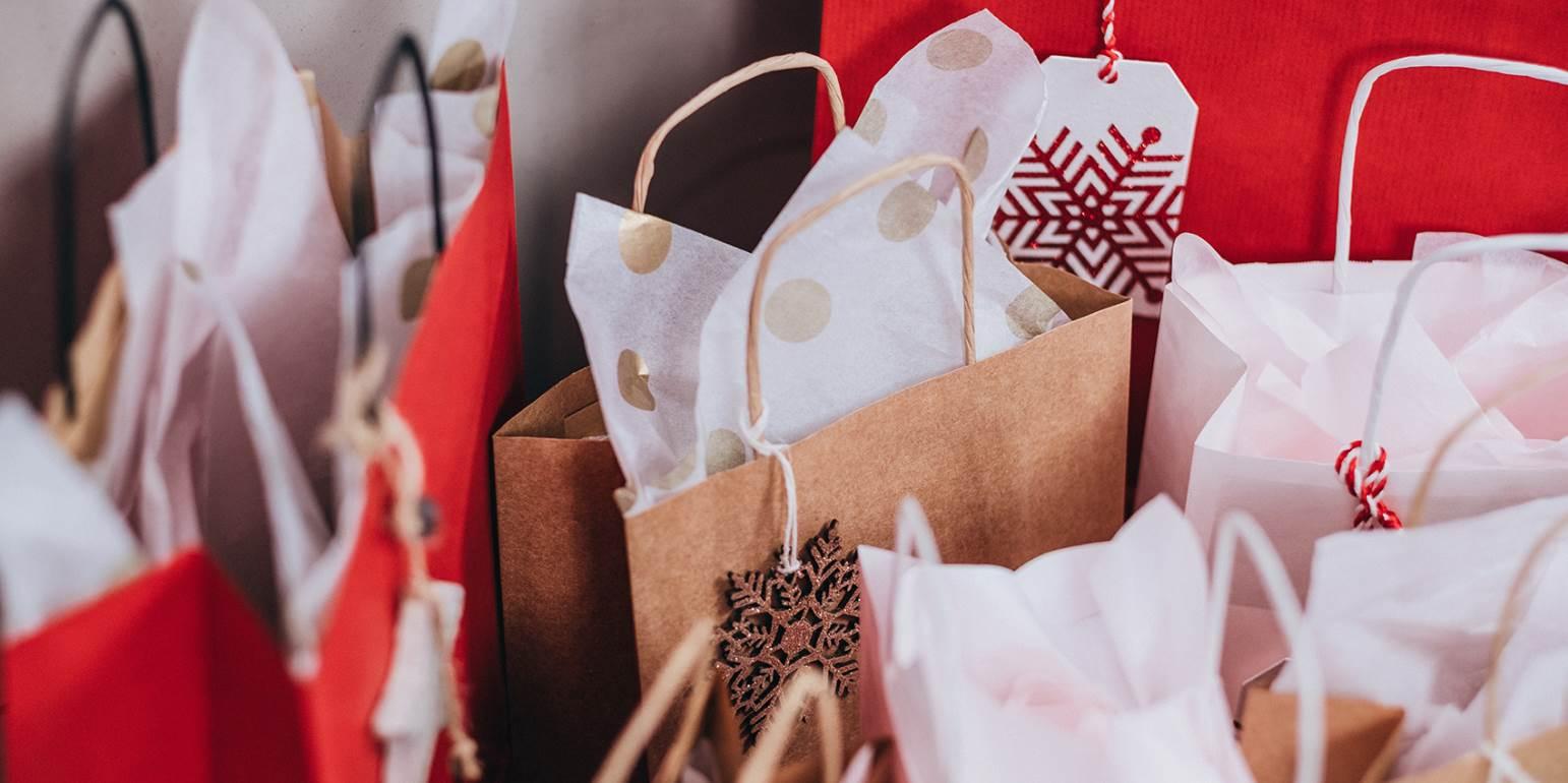 Εορταστικό ωράριο: Έτσι θα λειτουργήσουν τα καταστήματα - Τρεις συνεχόμενες Κυριακές ανοιχτά
