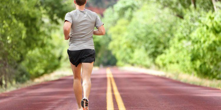 Πότε το χαλαρό τρέξιμο αυξάνει το προσδόκιμο ζωής και πότε μπορεί να γίνει επικίνδυνο
