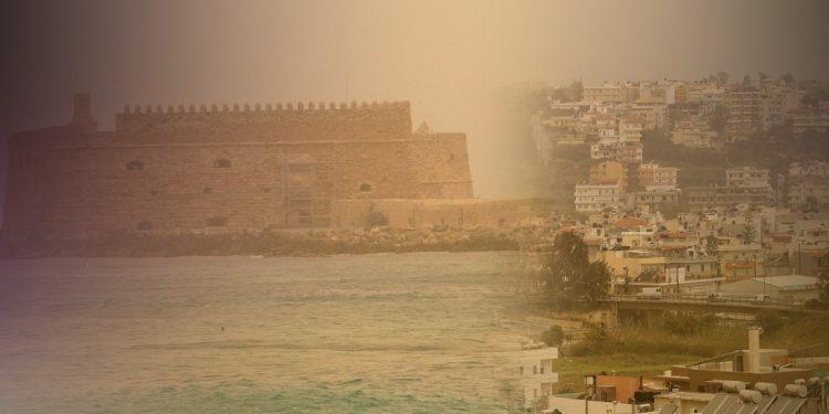 Συννεφιά, ζέστη και «βαριά» ατμόσφαιρα σήμερα στην Κρήτη