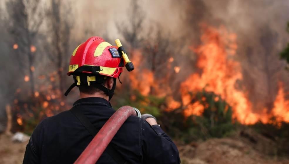 Φωτιά στη Βιάννο κινητοποίησε την Πυροσβεστική