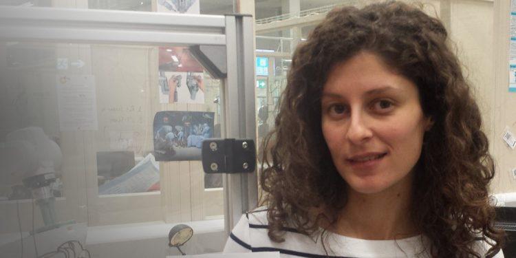 Η Κρητικιά που σχεδίασε ρομποτικό γάντι για χειρουργικές επεμβάσεις
