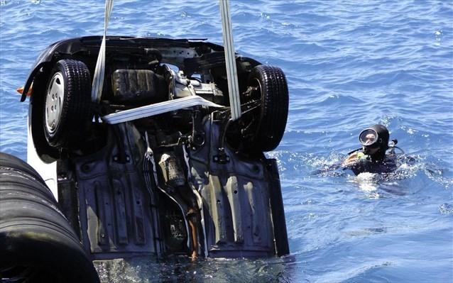 Ηράκλειο: Το αυτοκίνητο έπεσε στη θάλασσα - Στο νοσοκομείο ο οδηγός