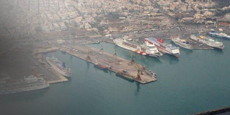 «Σύγκρουση» στο λιμάνι του Ηρακλείου