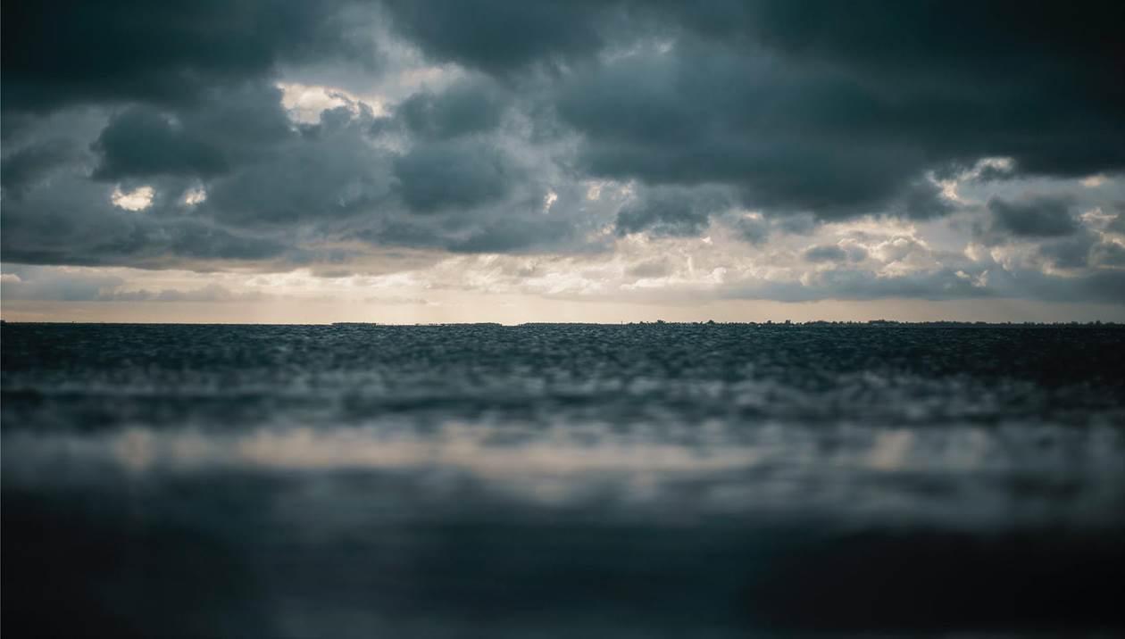 Βροχερός και φθινοπωρινός ο καιρός την Παρασκευή