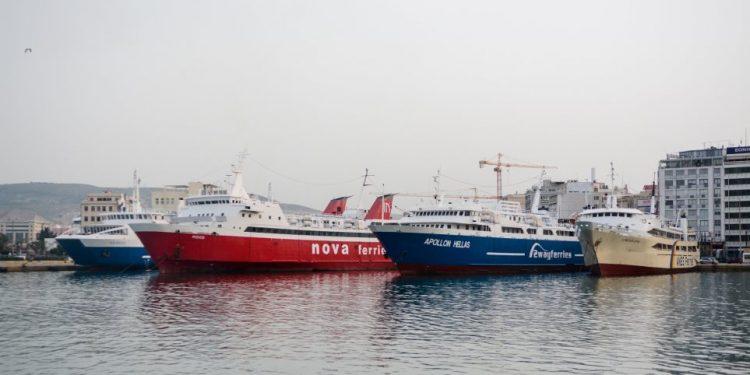 Κορωνοϊός: 83% η μείωση της επιβατικής κίνησης στο Ηράκλειο, 75% στα Χανιά
