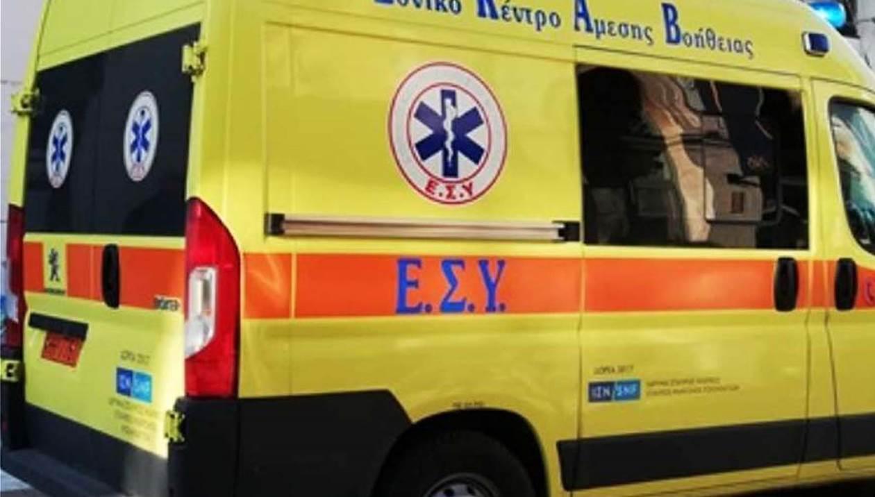 Επιχείρηση μεταφοράς υπέρβαρου με τη βοήθεια της πυροσβεστικής