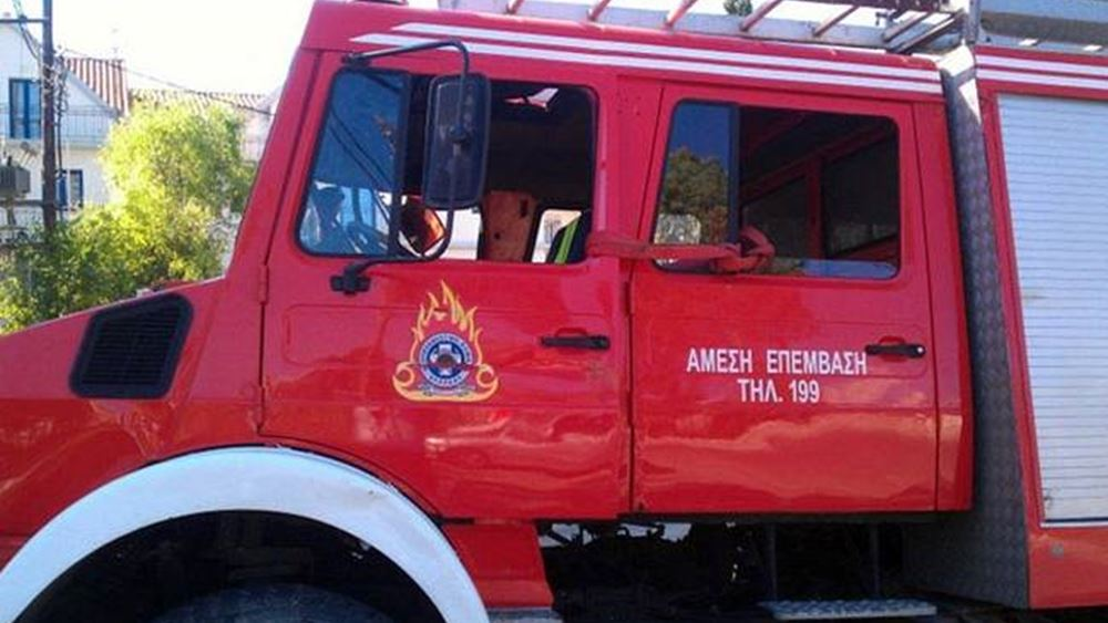 Υπό μερικό έλεγχο η πυρκαγιά στην Κάλυβο Ρεθύμνου