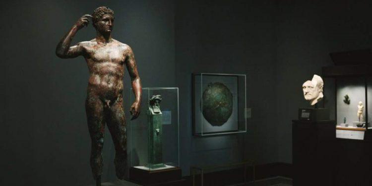 Το Μουσείο Getty επιστρέφει στην Ιταλία ελληνικό άγαλμα 2.000 ετών