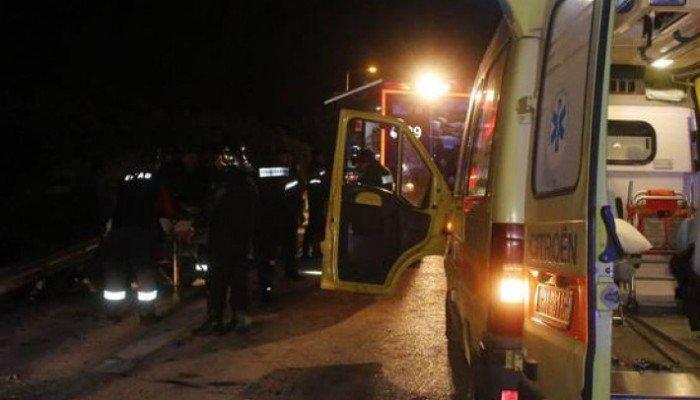 Τροχαίο στον ΒΟΑΚ: Αυτοκίνητο συγκρούστηκε με μπετονιέρα