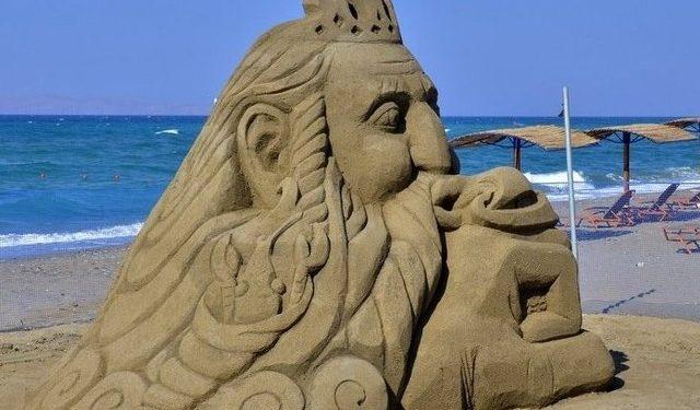 Για τρίτη χρονιά το Φεστιβάλ Γλυπτικής στην άμμο