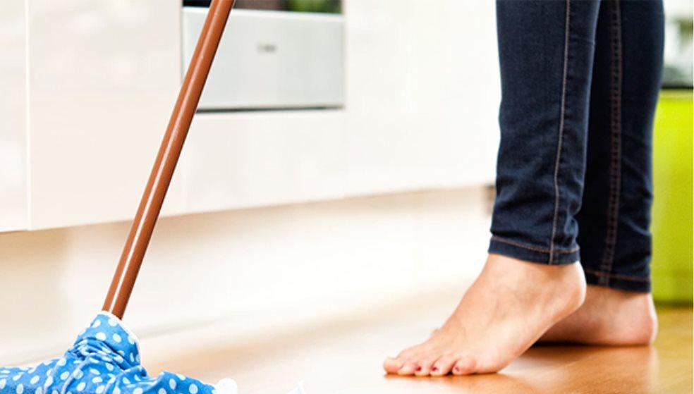 Κορωνοϊός κ΄ μολυσμένες επιφάνειες - τι να προσέχουμε, πως καθαρίζουμε
