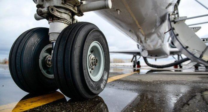 Τράκαρε αεροσκάφος με αυτοκίνητο στο αεροδρόμιο Χανίων