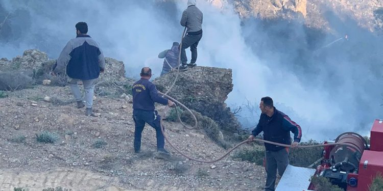 Ελεύθερος μέχρι την δίκη ο αγρότης που προκάλεσε φωτιά στην Ιεράπετρα