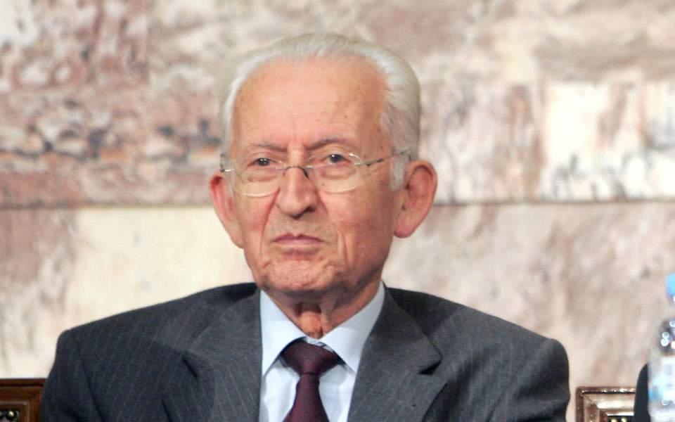 Απεβίωσε ο πρώην βουλευτής Κωνσταντίνος Σημαιοφορίδης