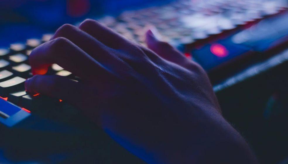 Υπόθεση παιδικής πορνογραφίας στην Κρήτη: Αντάλλαζαν υλικό μέσω διαδικτύου