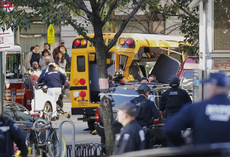 Τρομοκρατική επίθεση στο Μανχάταν, με φορτηγό -8 νεκροί, 15 τραυματίες (vids)