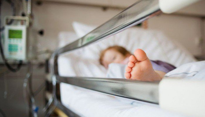 4χρονος νόσησε με μηνιγγίτιδα μετά από επιπλοκή