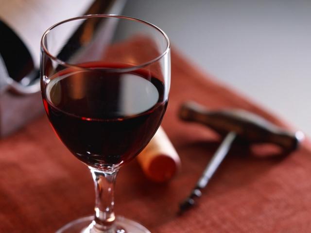 Κρήτη: Το κρασί μάγεψε τους επισκέπτες της παλιάς πόλης