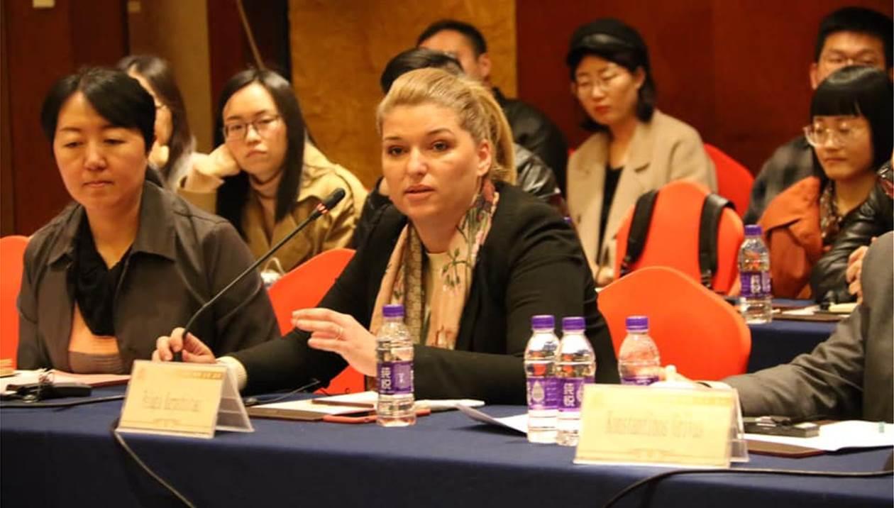 H Κρητικιά Πελαγία Καρπαθιωτάκη από την Κίνα κατακτά τον κόσμο