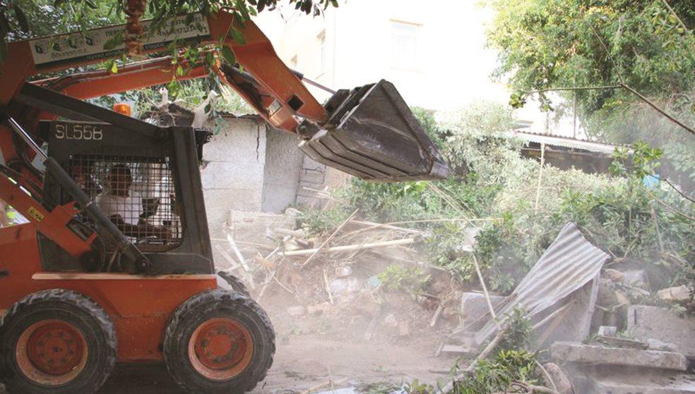 Αναταραχή έφεραν οι κατεδαφίσεις σε επιχειρήσεις στα Λιοντάρια