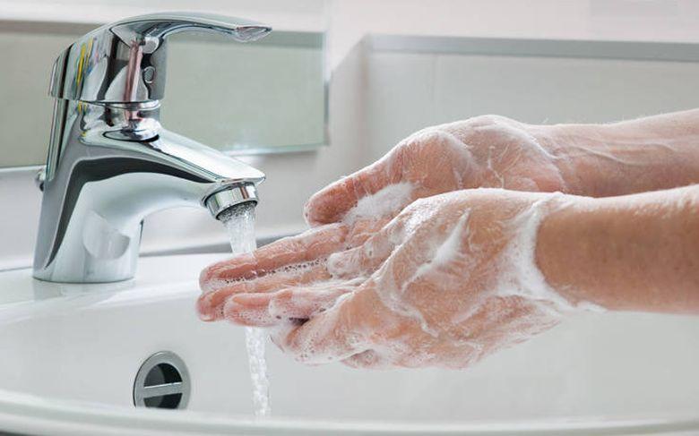 Κορωνοϊός: Δείτε τον σωστό τρόπο να πλένουμε τα χέρια μας