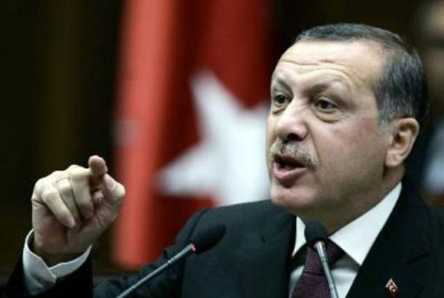 """""""Ο Ερντογάν είπε ότι μισεί τους Έλληνες και τους Αρμένιους"""", ισχυρίζεται ο Γάλλος τραγουδιστής Αζναβούρ"""