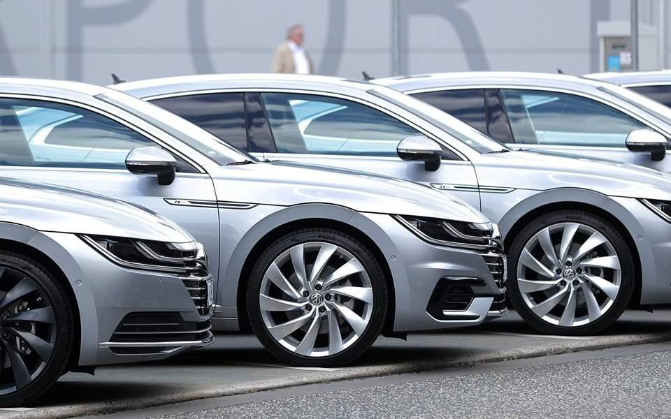 Ερχονται βαριά πρόστιμα στις αυτοκινητοβιομηχανίες που ρυπαίνουν το περιβάλλον