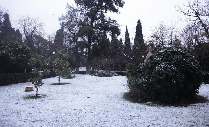 Το κύμα του χιονιά προκαλεί προβλήματα στα Χανιά