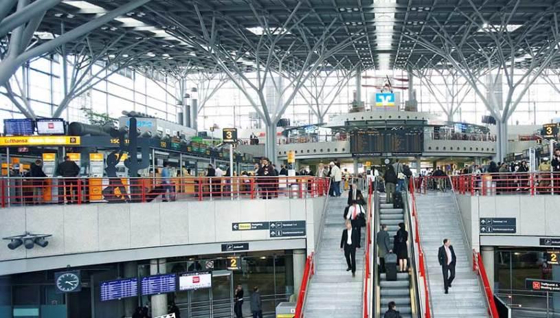 Εξευτελίζουν τους Έλληνες στο αεροδρόμιο της Στουτγκάρδης