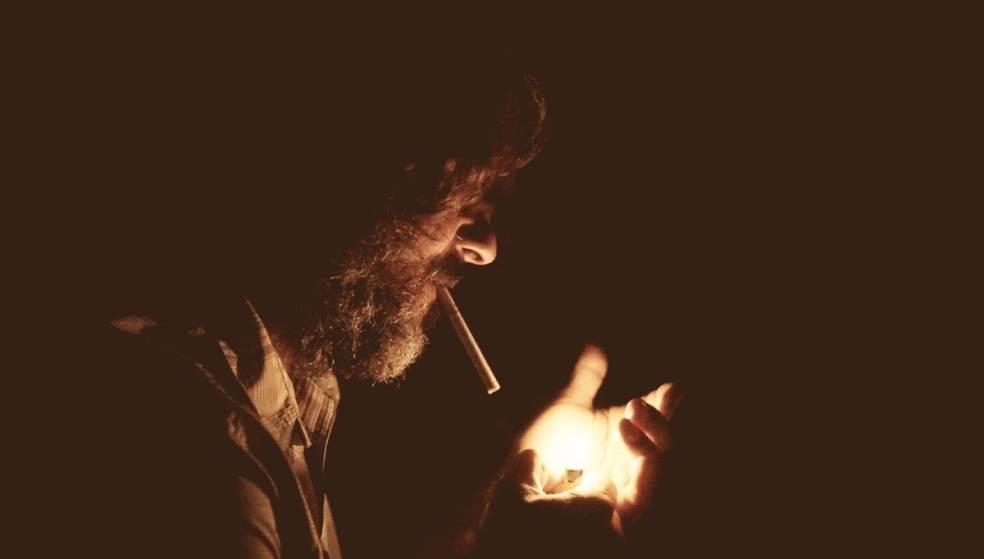 Αντικαπνιστικός νόμος ανενεργός στο Ηράκλειο - Αμετανόητα... «φουγάρα» οι Κρητικοί